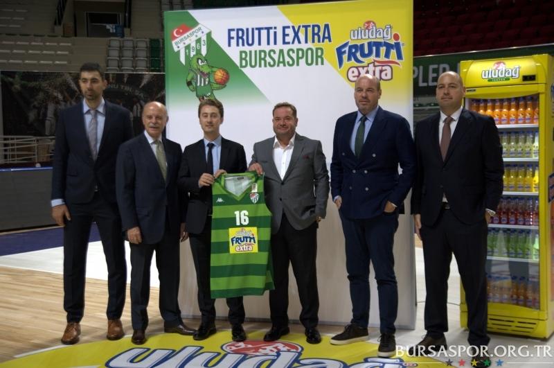 Frutti Ekstra Bursaspor Basketbol'da imzalar atıldı